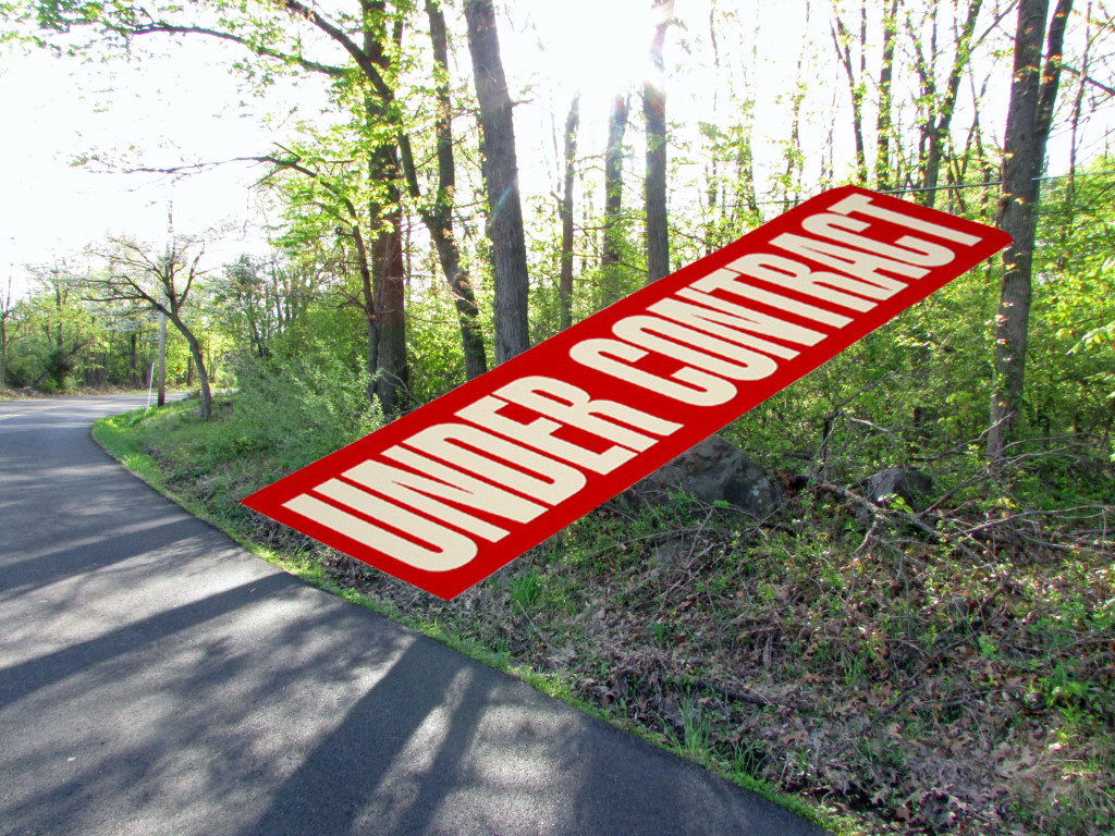 For Sale .87 Acre Lot  in Private Country Setting. Upper Black Eddy, PA – Mins to Delaware. Bring Your RV!! Only $10,900