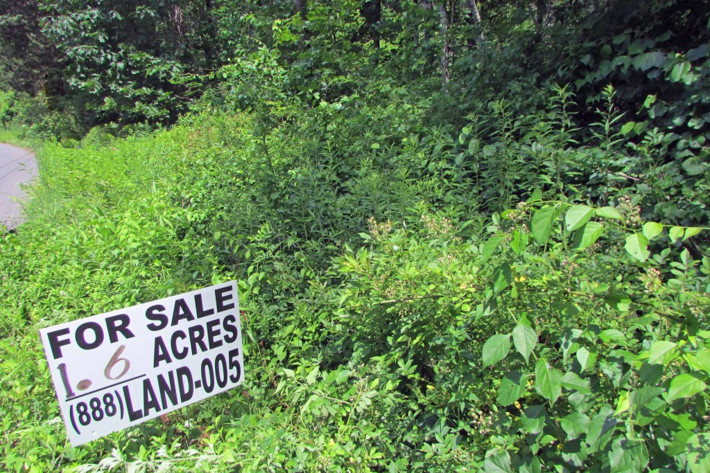 Private 1.6 Acre Country Lot. Bordering 3681...