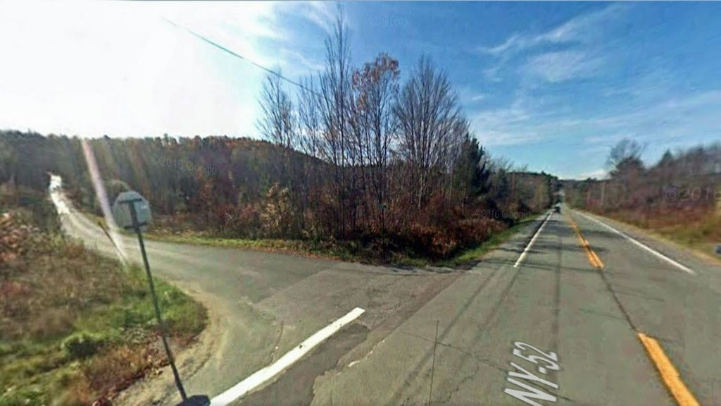FOR SALE  14.8 UNSPOILED ACRES  Wawarsing, NY.  Huge Corner Building Lot  Sweet Country Views.  Stone Walls. Level, part wooded/cleared.  Only 2 hrs/NYC!!